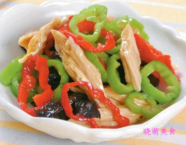 酱香鸡翅、香辣鱼块、青蒜炒腐竹、香辣肉丝、孜然鸡胗的美味做法