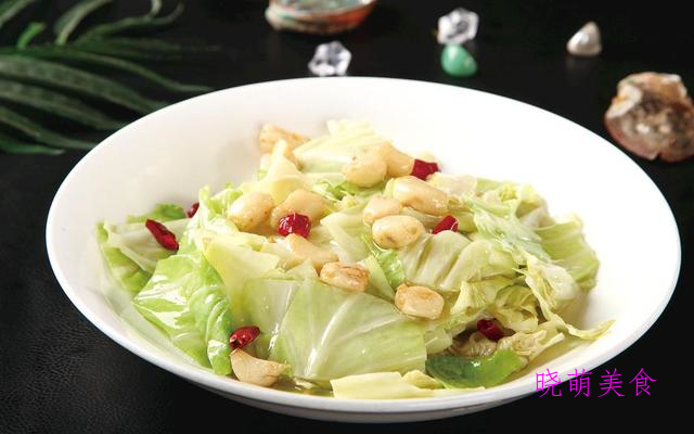 炒西兰花、山楂糯米藕、炝炒包菜、豆腐果的家常做法,美味又下饭