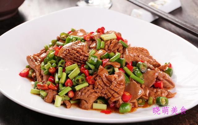 家常麻辣鸡、鲜辣腰花、家常白斩鸡、香辣花菜的美味做法
