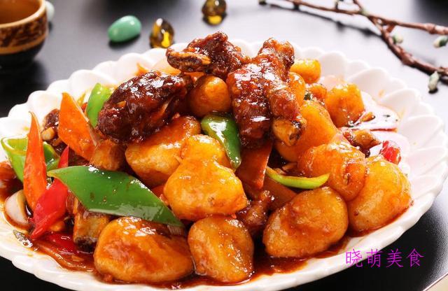 酱香牛肉、菠菜蒸蛋、面炕青椒、辣酱烧排骨、蚝油鸡翅的美味做法