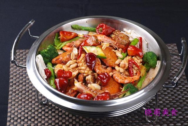 葱香带鱼、爆炒虾、海鲜麻辣香锅、鲜虾蒸蛋的家常做法,超美味