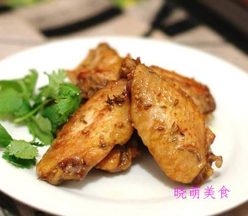 红焖小龙虾、孜然鸡翅、香酥排骨、肉末茄子、啤酒螺蛳的做法