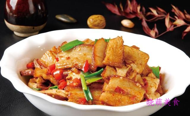 香辣鸡、香辣排骨虾、香干回锅肉的做法