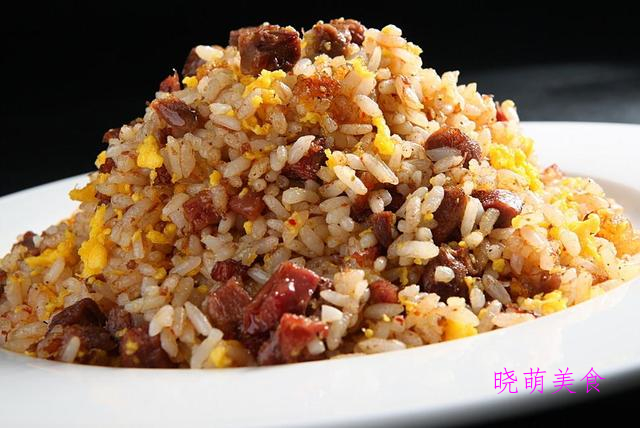 蛋炒饭、麻辣炒饭、韩式泡菜炒饭、咸肉炒饭的家常做法