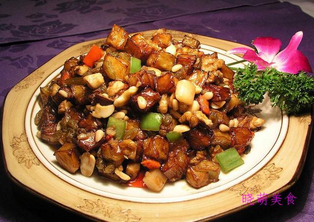 葱爆肉丝、麻辣花甲、双椒爆猪肝、酱爆肉的做法