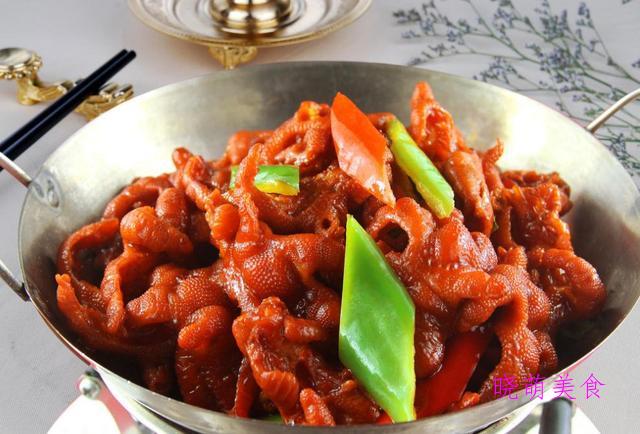 香辣鱼、香辣干锅鸡爪、干锅兔的家常做法
