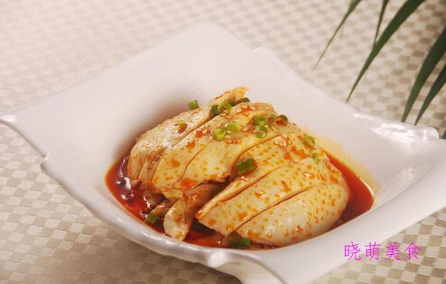 香辣鸡腿、酸辣白肉、麻辣皮冻、藤椒肚丝的做法