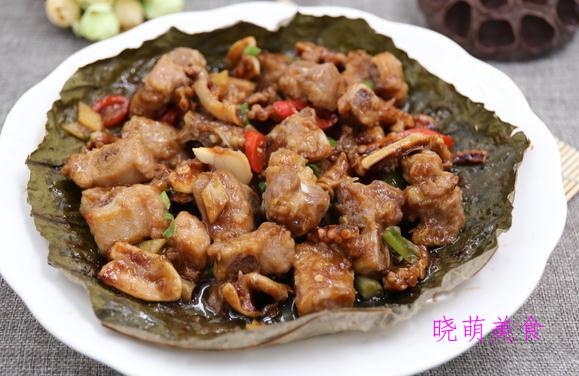 香辣粉蒸肉、红薯扣肉、荷叶排骨的家常做法