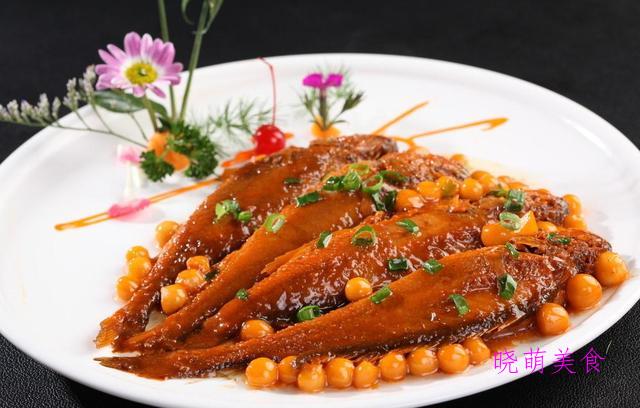 肉烧黄鱼、嫩滑牛肉、辣烧鲳鱼、冬笋炒腊肉的家常做法