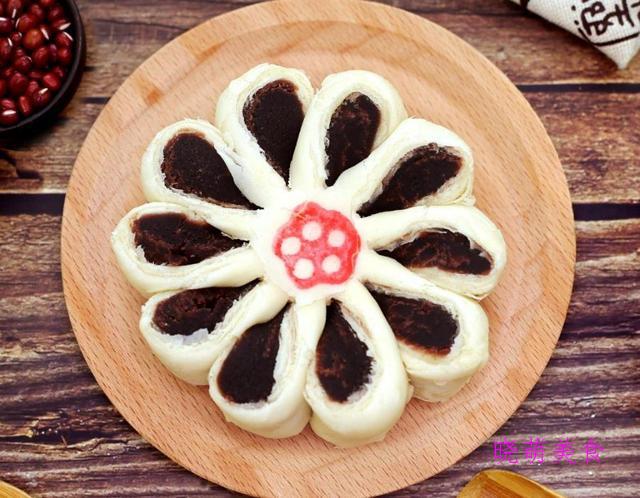 玫瑰山药饼、枣花酥、蜜豆发糕、豌豆糕的家常做法