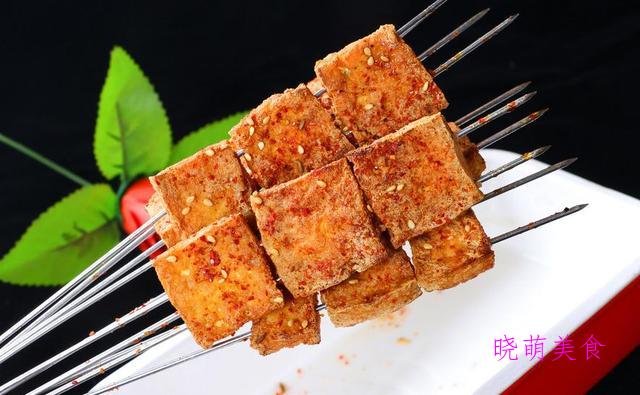 蒜蓉烤生蚝、肉末烤茄子、香辣烤豆腐、黑椒牛仔骨的家常做法