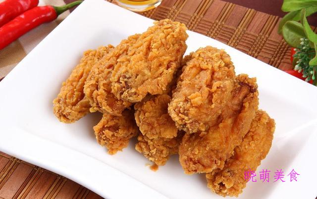 家常香辣鱼、香辣排骨、红烧蹄筋、香辣炸鸡翅的美味做法