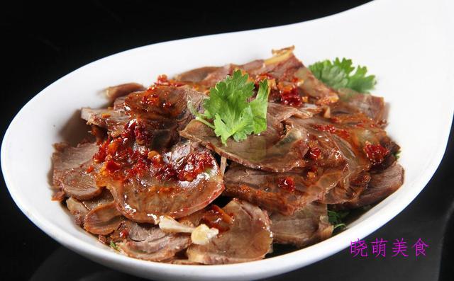香辣拌猪肝、香辣鸡爪、拌牛肉、凉拌五花肉的家常做法