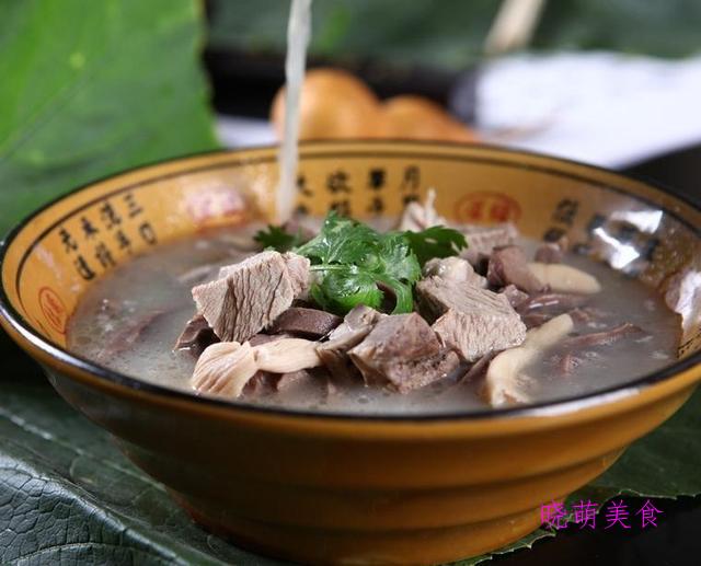 板栗炖鸡、排骨汤、玉米猪蹄汤、红枣鸡汤、羊肉萝卜汤的家常做法