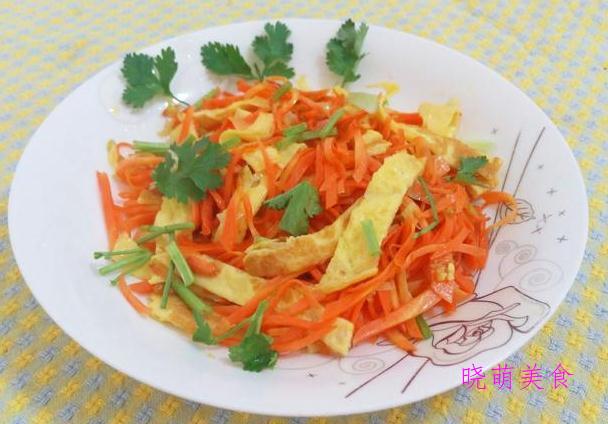 香辣土豆丝、胡萝卜炒鸡蛋、香辣包菜、韭菜炒豆皮的家常做法