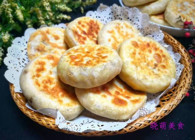 烫面馅饼、烫面肉饼、冰花小馄饨、鸡蛋软饼的家常做法