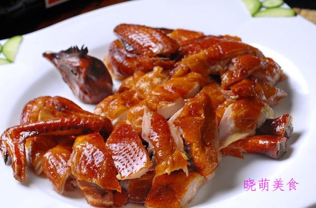 芝香小面包、脆皮烤鸡、手抓羊排、干切牛肉的家常做法