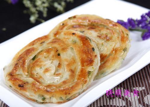 黄瓜馅饺子、猪肉馅饼、小葱肉饼、烫面葱油饼的家常做法