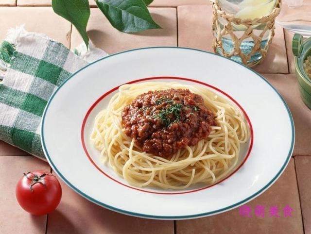 牛肉酱拌面、葱油拌面、肉末拌面、炸酱拌面的家常做法