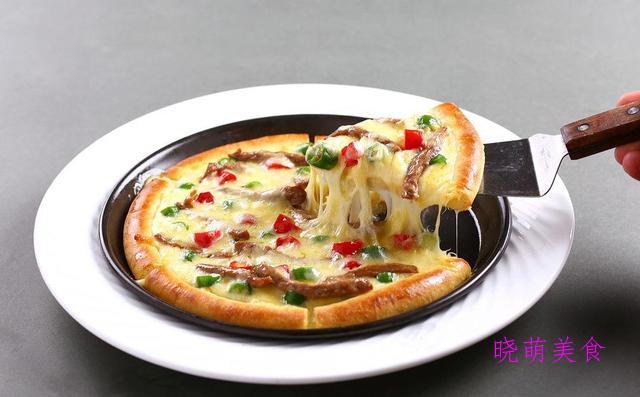 牛肉披萨、榴莲披萨、鲜虾披萨、鸡肉披萨的家常做法