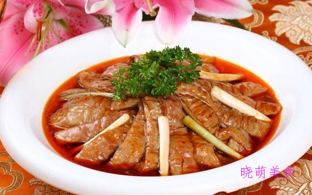 干菜扣肉、砂锅鸡块、砂锅鸡块、香辣肥肠的家常做法