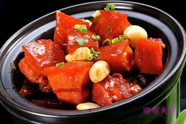 腐乳鸡、鸡蛋元宝肉、糍粑鱼、干炸羊肉丸子的家常做法