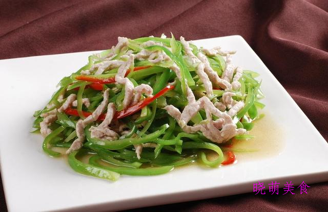 青椒炒肉丝、椒盐油爆虾、香酥鸡丁、葱爆羊肉的家常做法
