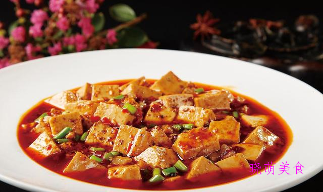 红焖牛腩、家常麻辣豆腐、酱焖鱼、酸甜小排的美味做法