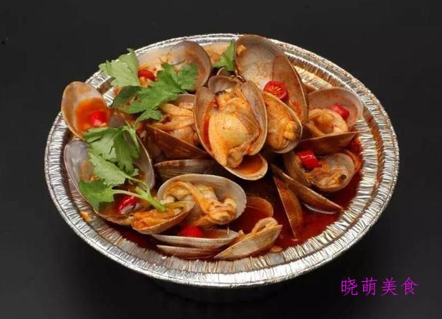 麻辣烫、鸡蛋炒粉丝、烤鱿鱼、铁板豆腐、花甲粉的家常做法