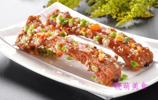 泉州姜母鸭、香辣土匪鸡、香酥鸡翅、蒜香炸排骨的家常做法