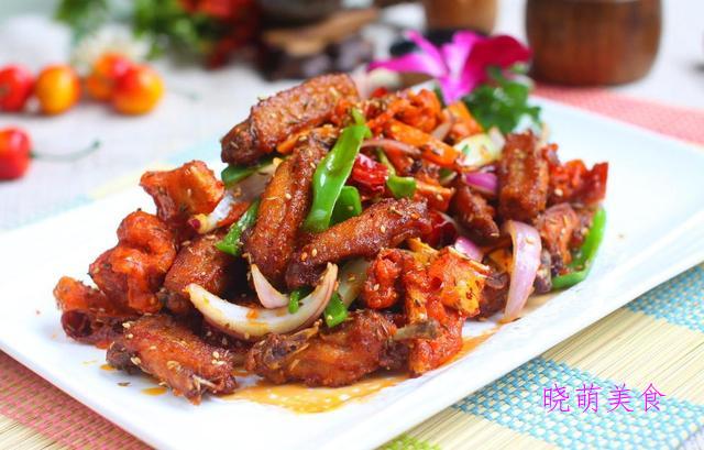 红烧腐竹、猪肉炖土豆、香辣羊肉串、家常小炒鸡的家常做法
