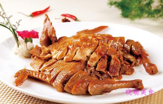 碳烤猪排、酱排骨、瓦罐焖鸡、香辣鸡翅的美味做法