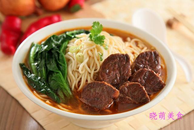 酸辣牛肉面、香菇炸酱面、清汤牛肉面、家常油泼面的家常做法