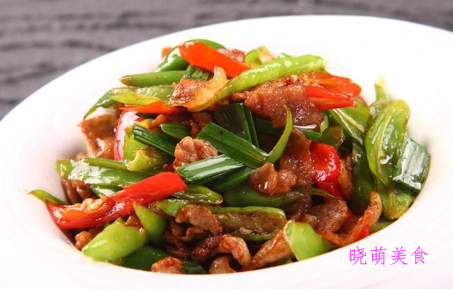 青椒五花肉、蒜炒牛肉、孜然鸡心、麻辣大盘鸡的家常做法
