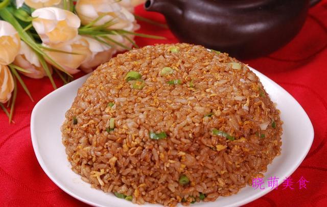 扬州炒饭、虾仁炒饭、葱花炒饭、香菇酱炒饭的家常做法
