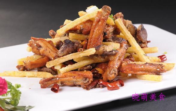 辣子翅中、牛仔骨烧土豆、水煮龙利鱼、干锅羊肉的美味做法