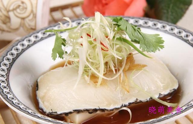 湘西蒸腊肉、芋头粉蒸肉、腐竹蒸排骨、柠檬蒸鱼、清蒸鲳鱼的做法