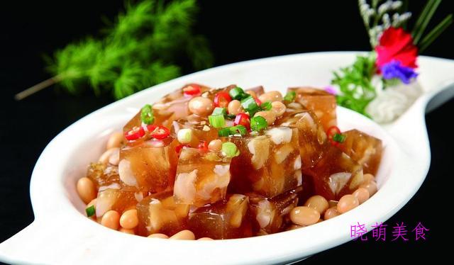 五香皮冻、香辣牛肚丝、辣椒炒鸡、香辣火锅兔的家常做法