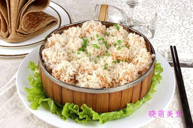 粉蒸肥肠、糯米排骨、香芋蒸排骨、酥炸带鱼、香菇蒸鸡的做法