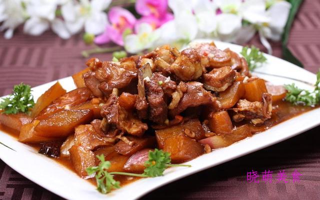 羊肉焖山药、焖羊排、红烧栗子鸡、红烧五花肉的家常做法
