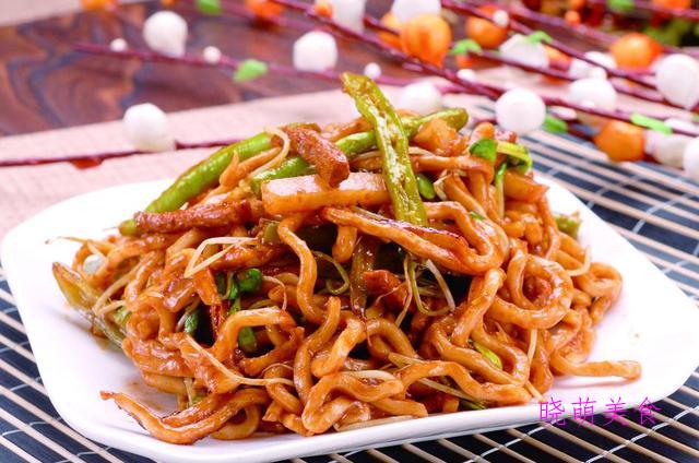 家常炒面、沙县拌面、五花肉焖面、肉末拌面、虾仁炒面的家常做法