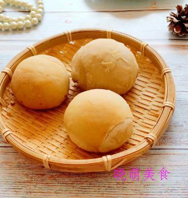 奶油蛋糕卷、花生牛扎糖、枣泥酥饼、法式布丁的家常做法