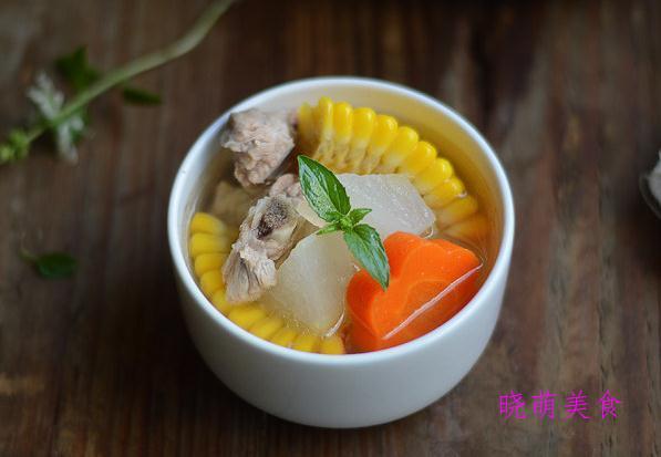 冬瓜玉米排骨汤、牛骨汤、海带排骨汤、清炖鸽子汤的家常做法