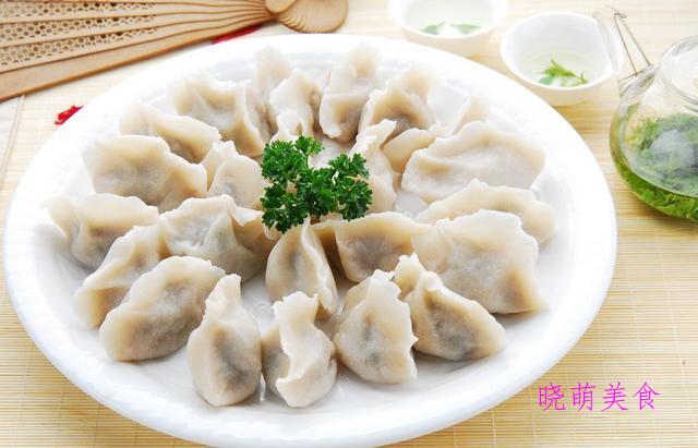 香菇猪肉煎饺、三鲜锅贴、韭菜猪肉饺子、鲜肉馄饨的家常做法