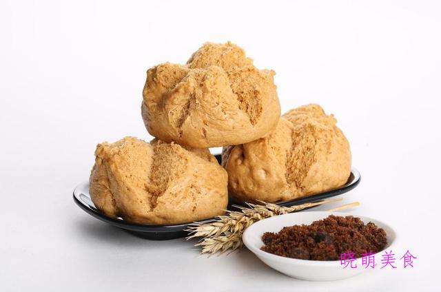 牛肉炒乌冬面、红糖麻酱花卷、三鲜肉饼、红糖馒头的家常做法