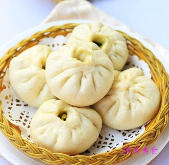 韭菜包、武汉面窝、豆沙红薯饼、豆沙红薯饼、空心糖糕的家常做法
