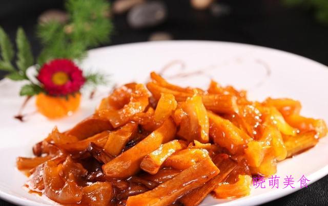 香辣对虾、椒香带鱼、烧肥肠、葱烧蹄筋的家常做法