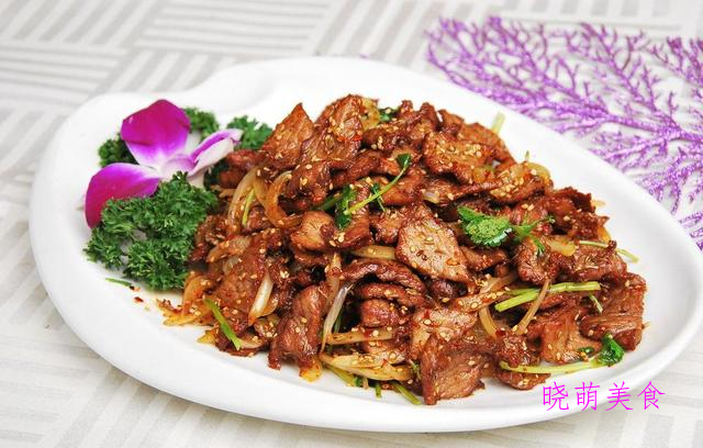辣炖牛肉、 孜然羊排、煎腌带鱼、香辣烤牛肉的家常做法