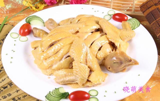 白蒸鸡、新疆大盘鸡、四川回锅肉、四川回锅肉、孜然肥牛的做法