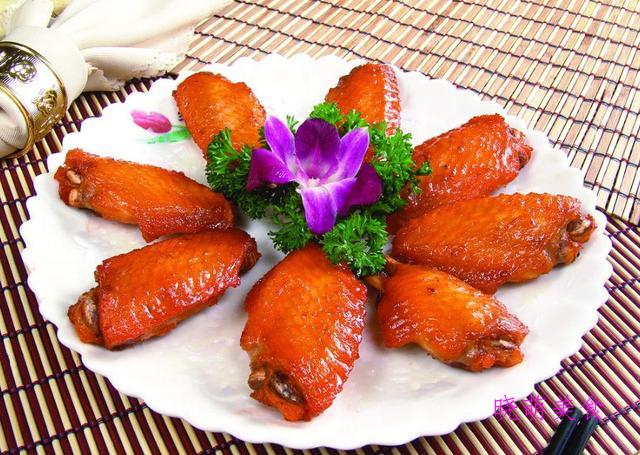焖炖牛肉、香辣虎皮鸡爪、上海爆鱼、蒜香鸡翅的家常做法